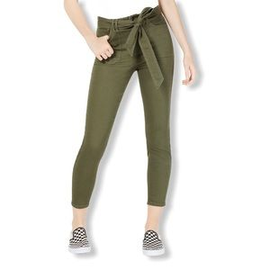 Vanilla Star Junior's Belt Cropped Jeans